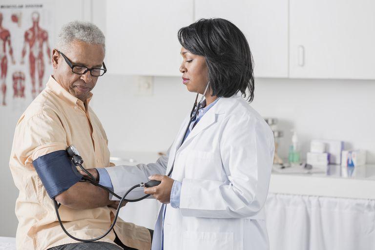 Comprensione delle cause della bassa pressione sanguigna o..